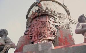 La limpieza del Monumento a Colón se hará en contacto con Patrimonio para evitar daños
