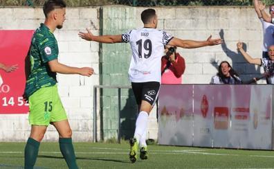 El Salamanca CF UDS se lleva un derbi de Guijuelo que le puede salir carísimo (1-2)