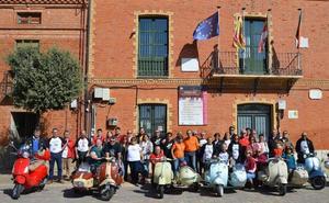 Los participantes del Riber Sidecars Fest de Valladolid visitaron la DO Cigales