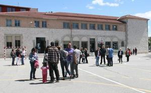 Policía Local y Guardia Civil investigan actos vandálicos en el colegio La Villa de Cuéllar