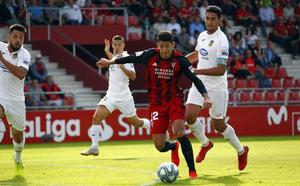 Marcos André, del Real Valladolid, ya destaca en Segunda