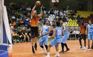 Ryan Bruns, MVP del grupo AB tras su gran actuación frente al Universidad de Valladolid