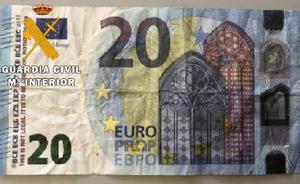 La Guardia Civil investiga la circulación de billetes falsos de 20 euros en Palencia