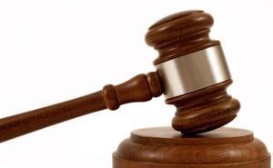 21 meses de prisión por apuñalar a otro joven que le increpó por pinchar ruedas en Palencia
