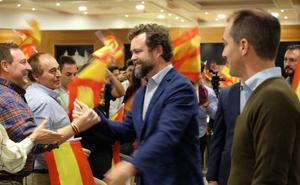 Espinosa de los Monteros llama a votar a Vox porque el resto apoyará a Sánchez