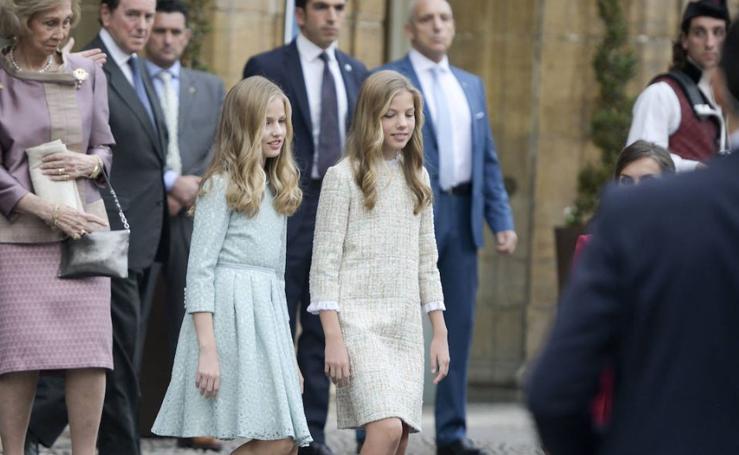 Elegancia y estilo en la ceremonia de los Premios Princesa de Asturias