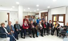Los mayores del Aula Pinariega de Pedrajas conmemoran el Día del Cáncer de Mama