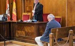 La Audiencia de Segovia ratifica la multa de 480 euros al exconcejal Alfonso Reguera por amenazas leves a un policía local