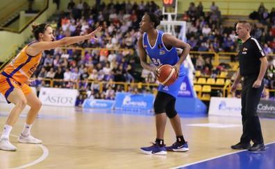 El CB Avenida saca otro partido sin brillo con la calidad de Loyd y Silvia ante el Valencia Basket (61-58)