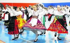 Tordesillas rinde tributo a las raíces del folclore provincial