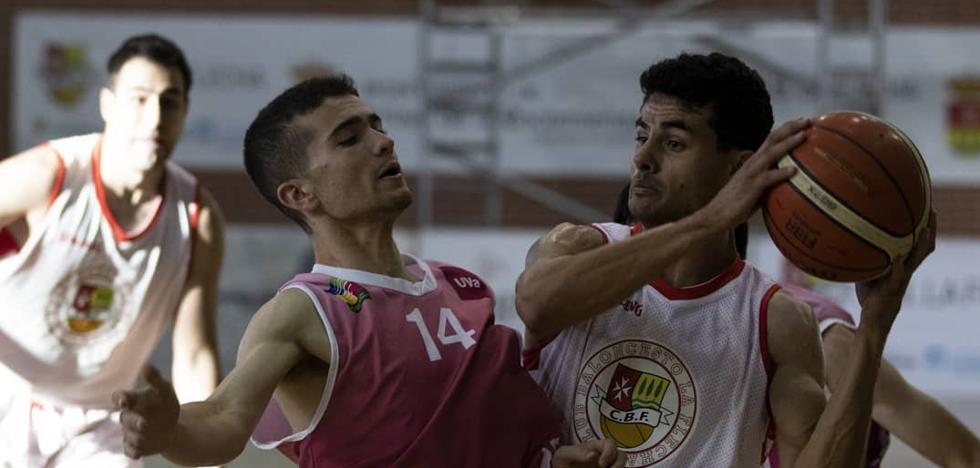 El Universitario se estrena ante un rival directo de los de 'su' liga