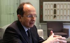 «El campus vertical de Madrid replicará grados, pero el de Segovia mantendrá todos»