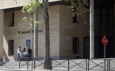 La Policía Nacional detiene a dos jóvenes, uno menor, como autores de cuatro robos con fuerza