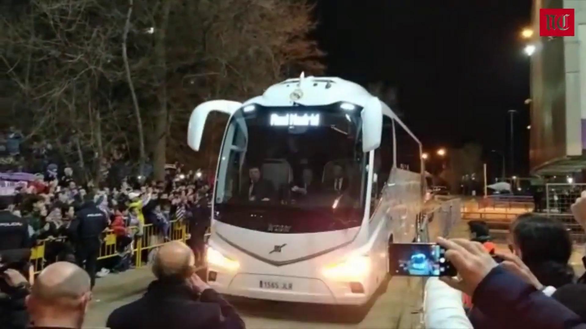 La llegada del Real Madrid y el Real Valladolid al Estadio José Zorrilla