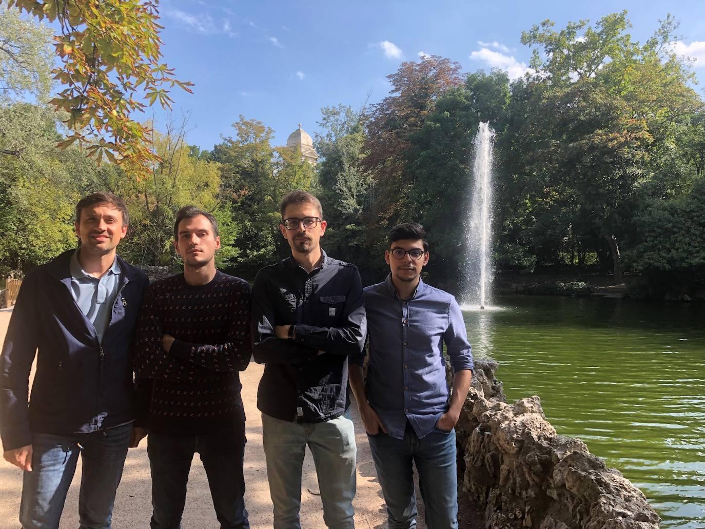 Mario Martínez, profesor del departamento de Teoría de la Señal de la UVA,David Oviedo, Javier González y Gabriel Morales, asesor externo./