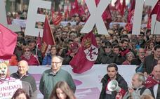 Miles de personas claman en las calles de León por el futuro de la provincia