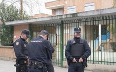Permanece en la UVI y «estable» la niña que cayó desde la ventana de un colegio de Valladolid