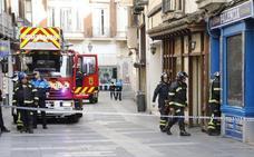 Aviso de derrumbe en un edificio de la calle Barrio y Mier de Palencia