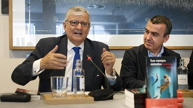 Lorenzo Silva completa su «trilogía accidental» sobre la corrupción