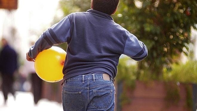 Los pediatras y la familia, claves para evitar la obesidad infantil