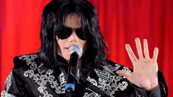 Michael Jackson y Lady Gaga, en un mismo disco