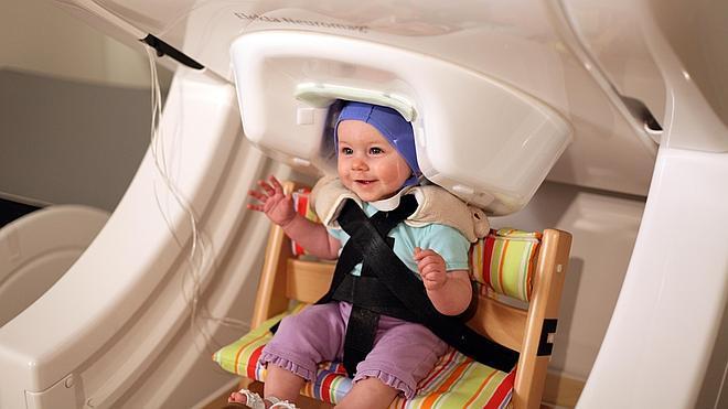 Los bebés ensayan el habla meses antes de pronunciar sus primeras palabras