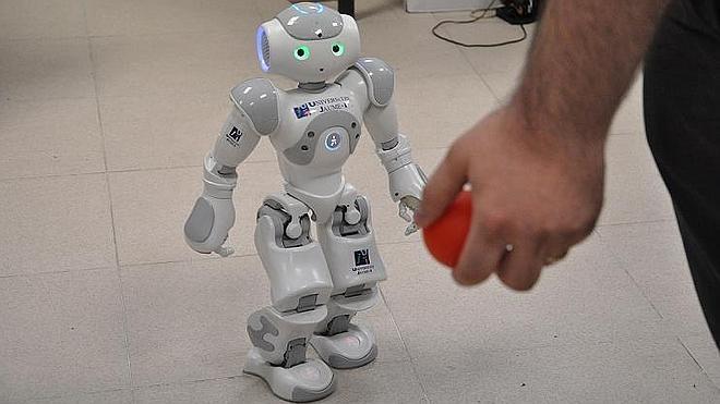 Terapia con robots para ayudar a niños autistas