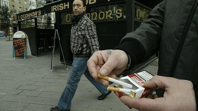 Fumar aumenta el riesgo de suicidio