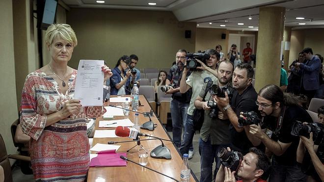 Ángela González: «¿Cuánto cuesta la muerte de una hija asesinada por su padre?»