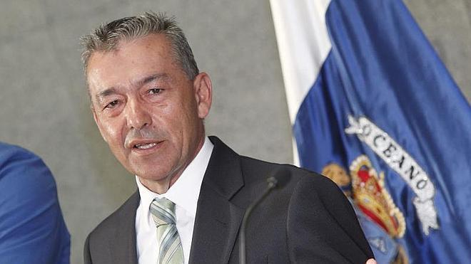 Rivero urge a Rajoy a que intervenga para evitar una ruptura de relaciones