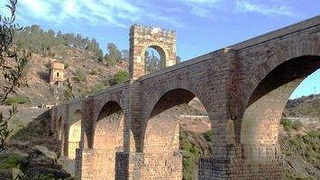 El puente romano de Alcántara y la ermita de San Felices, ganadores del concurso El Mejor Rincón 2014