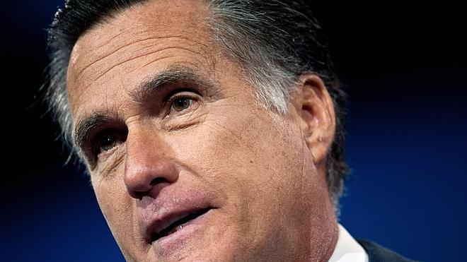 Romney se desmarca de la pelea por la Casa Blanca
