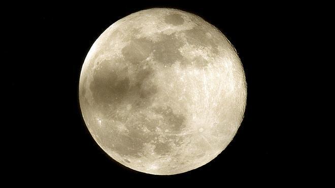 La Luna llena será este jueves la más pequeña del año