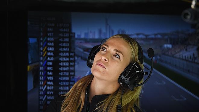 «Las mujeres pueden pilotar, pero ¿para qué?, ¿para estar detrás?»