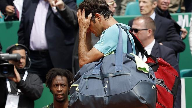 Monfils sorprende a Federer