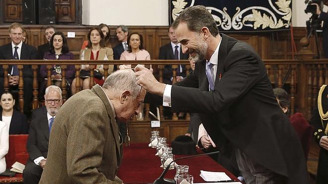 Juan Goytisolo: «Las razones para indignarse son múltiples y el escritor no puede ignorarlas»