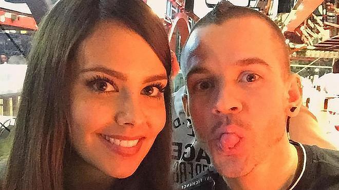 Cristina Pedroche le pide matrimonio a su novio por Twitter