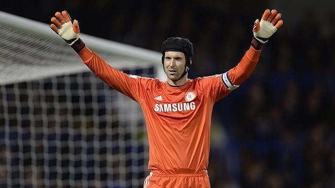 Cech cierra su traspaso al Arsenal