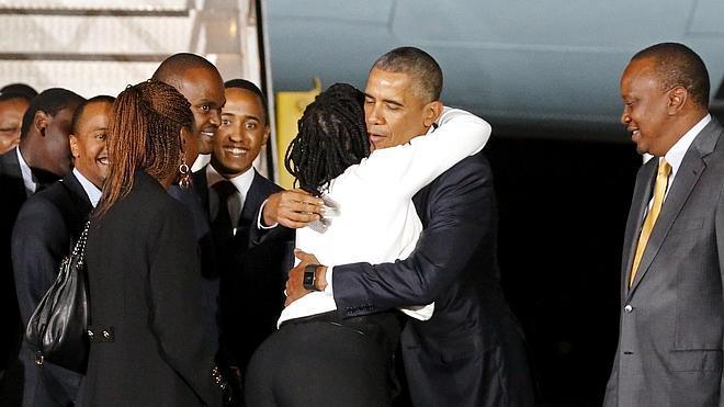 Obama llega a Kenia, la tierra de sus ancestros