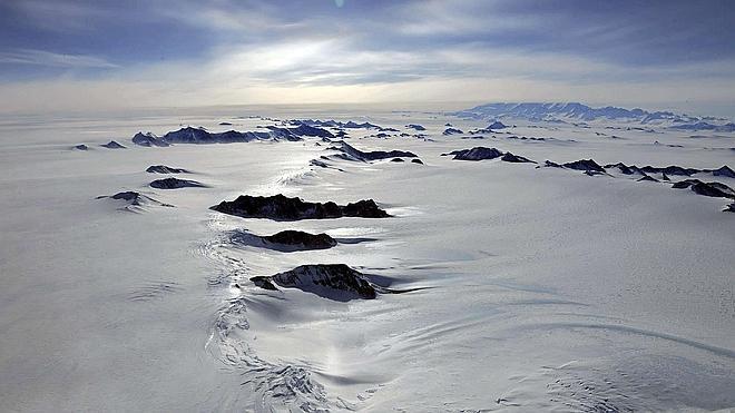 La quema de los combustibles fósiles existentes podría fundir la Antártida