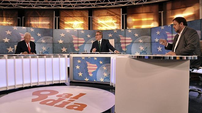 Margallo apela a los beneficios de la unión Cataluña-España frente al discurso emocional de Junqueras