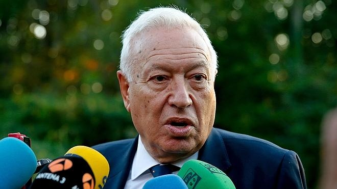 Margallo: «Es absurdo querer la independencia para mantener la nacionalidad que se repudia»