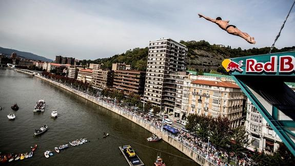 Jeep con el Red Bull Cliff Diving