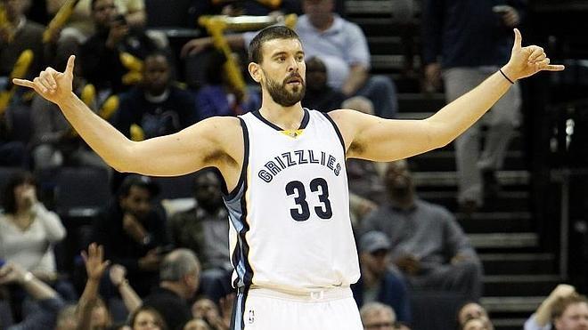 Marc Gasol apoya la recuperación de los Grizzlies y Calderón la de los Knicks