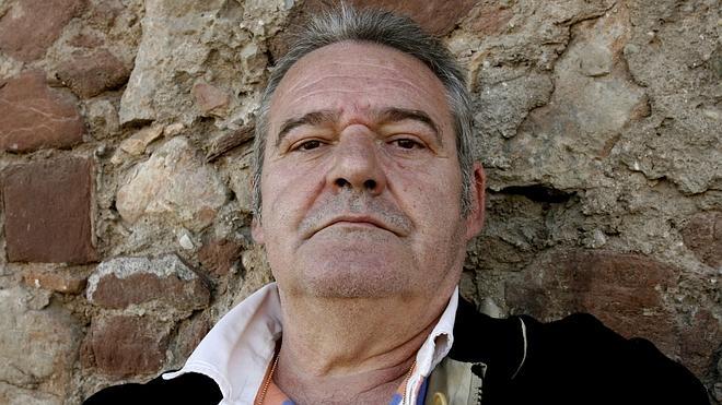 Familiares y amigos dan su último adiós a Ángel de Andrés