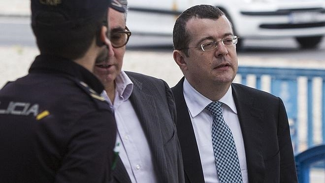 El tribunal del 'caso Nóos' expedienta a Peeters por llamar «idiota» a Gallardón