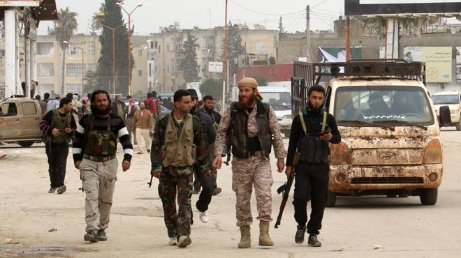 Amnistía Internacional acusa de torturas y ejecuciones a los grupos rebeldes del norte de Siria