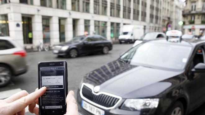 Uber verificará la identidad de los conductores con un selfi