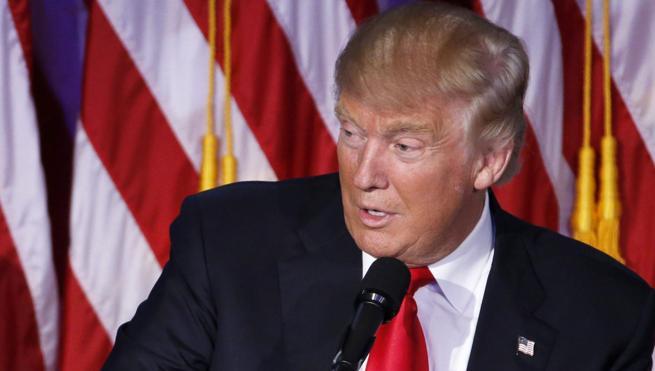 Trump niega que haya tensiones en la conformación de su equipo