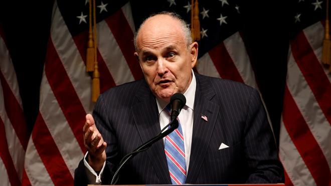 Trump anuncia que el exalcalde de Nueva York Rudy Giuliani no integrará su gabinete
